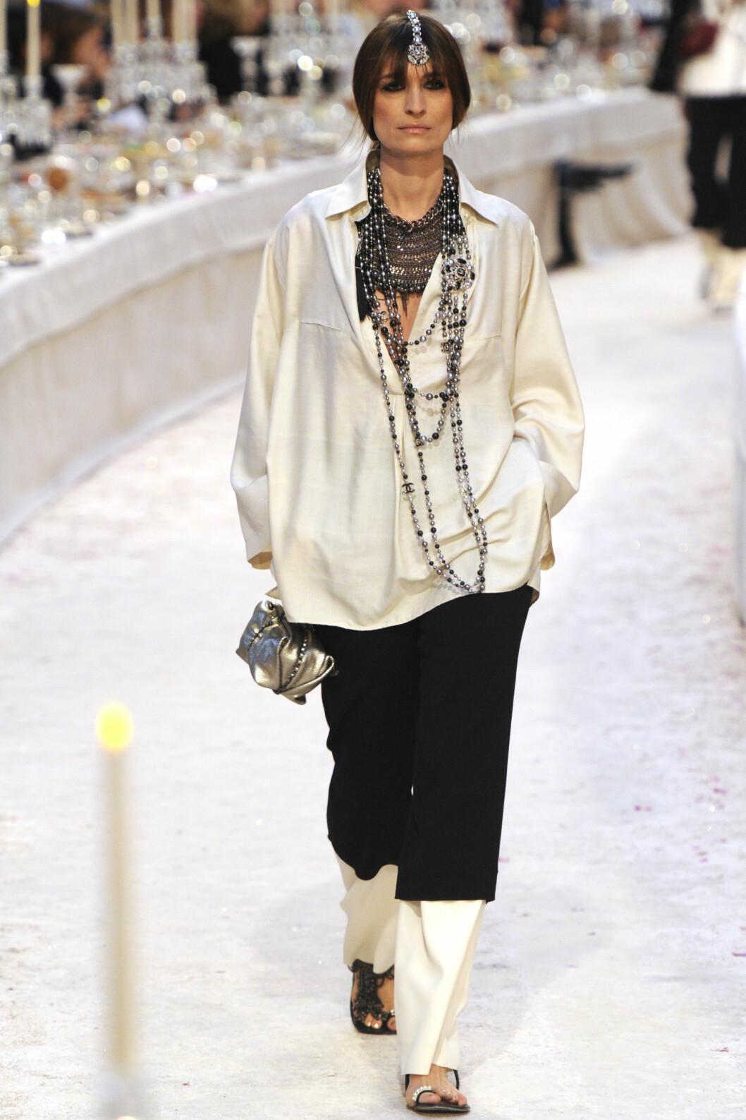 Caroline De Magrait ble tidlig en favoritt hos Chanel. Her er hun under visningen av høstkolleksjonen i 2012.  Foto: (c) Fairchild Photo Service/Condé Nast/Corbis/All Over Press