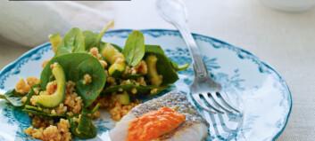 Stekt fisk og bulgursalat med paprikadressing