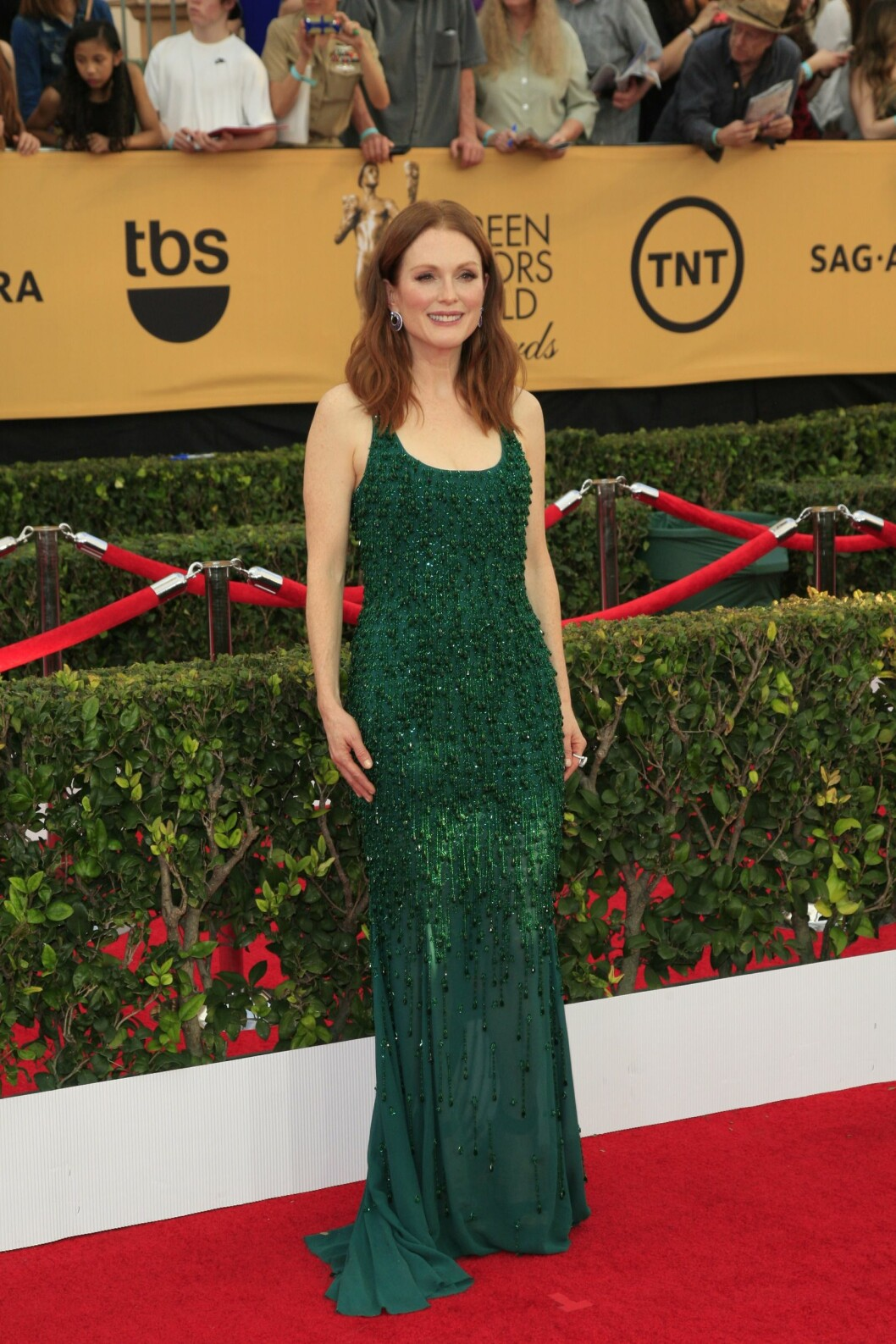 Julianne Moore i kjole fra Givenchy. Foto: insight media/All Over Press