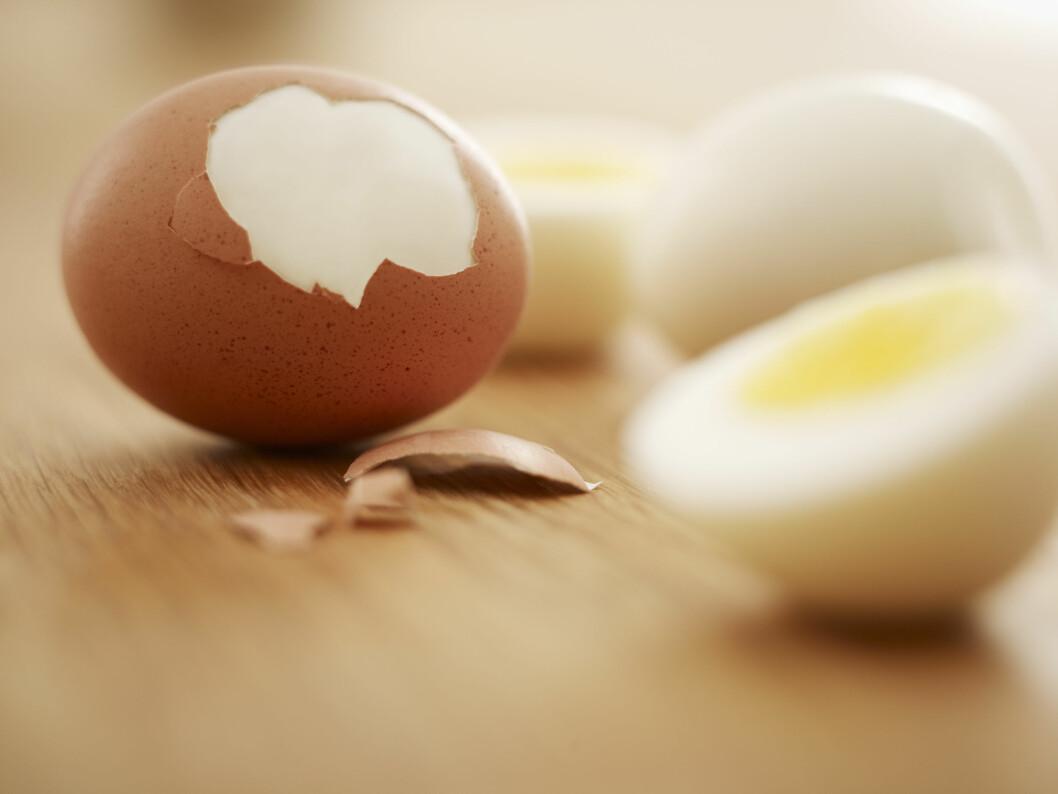 <strong>IKKE SKRELL DEM:</strong> Eggene holder seg bedre om du lar skallet være på. Foto: All Over Press