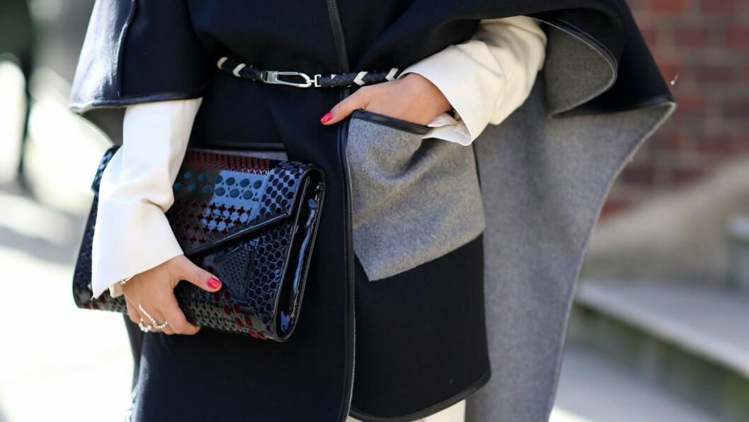 DETALJENE: Sjekk de lekre detaljene på gatemotestjernene fra London Fashion Week lenger nede i saken! Foto: All Over Press