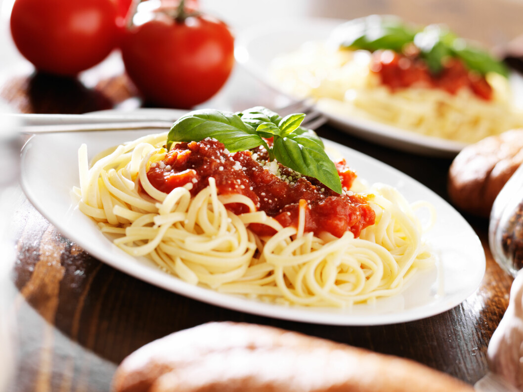 PASTA: Hender det ofte at pastaen blir overkokt? Det er kanskje ikke så rart. Til tross for anvisningen på pakken, så er det mange faktorer som avgjør hvor lenge den skal koke. Foto: Joshua Resnick - Fotolia