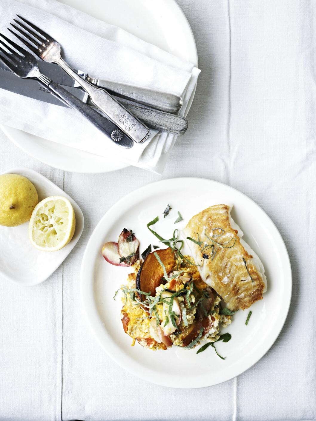 <strong>TIPS:</strong> I stedet for torsk kan du bruke annen mager hvit fisk uten skinn, f.eks. lange eller sei.  Foto: All Over Press