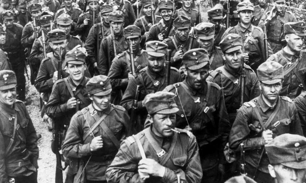 VINTERKRIGEN: Finske soldater i november 1939 klare til kamp mot den store naboen i øst, Sovjetunionen, under Vinterkrigen mellom Fin- land og Sovjetunionen som pågikk fra 30. november 1939 til 12. mars 1940. FOTO: NTB SCANPIX