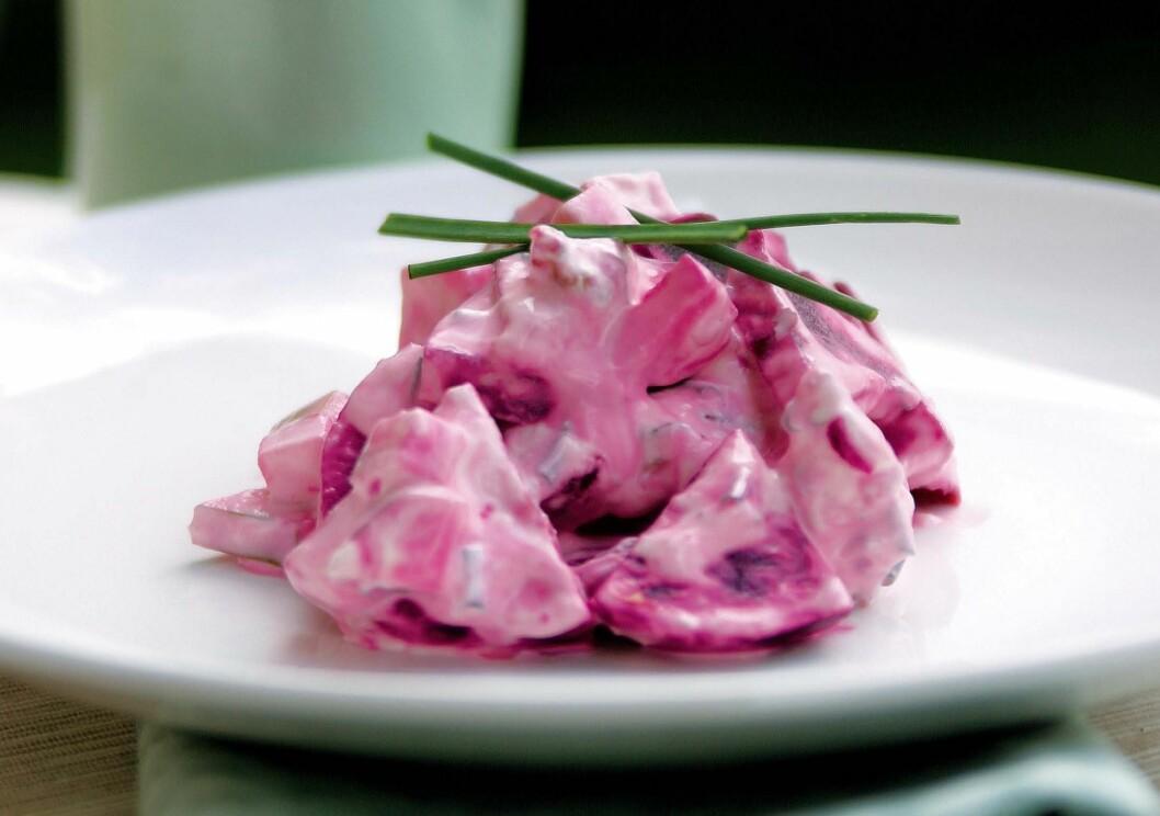 RØDBETSALAT: En rødbetsalat med 70 prosent rødbeter vil være et bedre valg enn en rødbetsalat med kun 45 prosent rødbeter. Foto: Hanne Buxrud