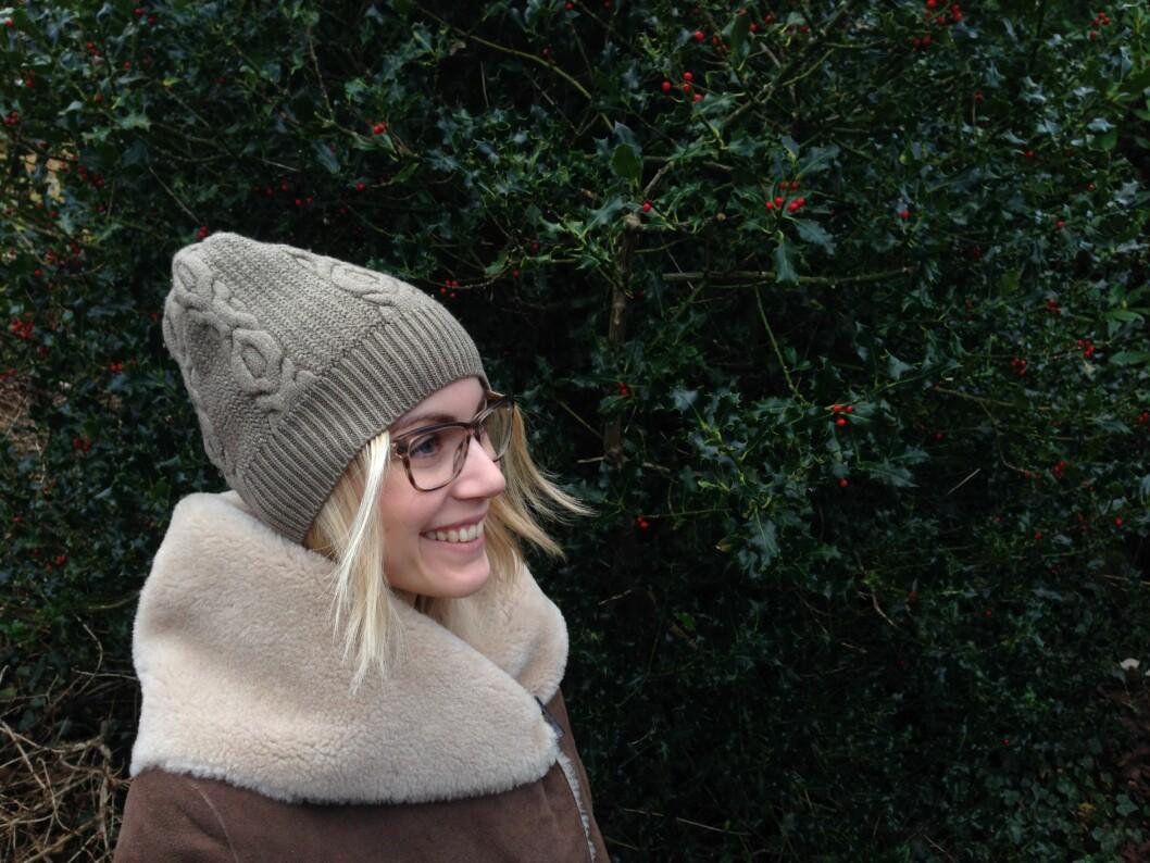 HOLD VARMEN - BRUK LUE: Det hjelper lite å ha en varm jakke, hvis du har lite hår og ingen lure i bitende kuldegrader. Foto: Silje Ulveseth/KK.no
