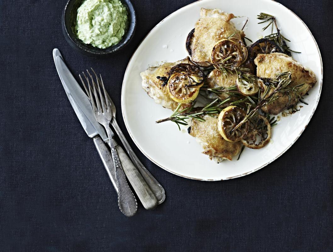 VI LOVER: Denne brokkolikremen kommer til å bli en av dine favoritter, både til kylling og annet! Foto: All Over Press