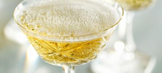 Dette bør du drikke til julematen