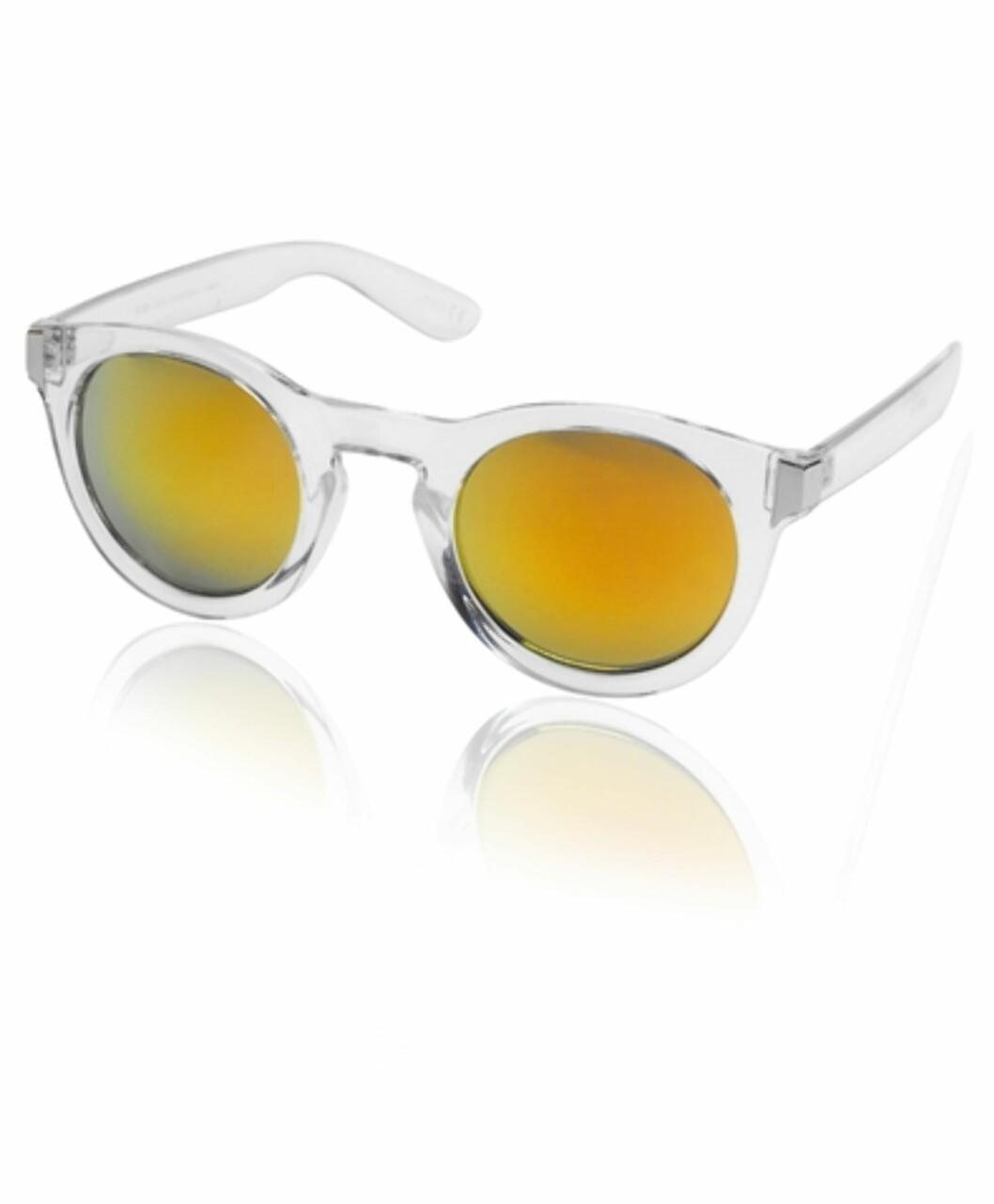 Solbriller fra Gina Tricot, 59 kr. Foto: Produsenten.