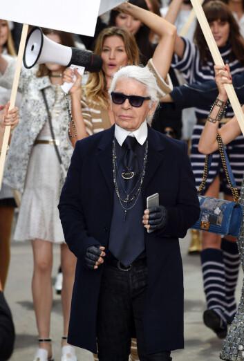 HAR VISNING SAMME TID SOM VICTORIA'S SECRET: Og det er for Karl Lagerfeld de største modellene vil gå visning... Foto: REX/David Fisher/All Over Press