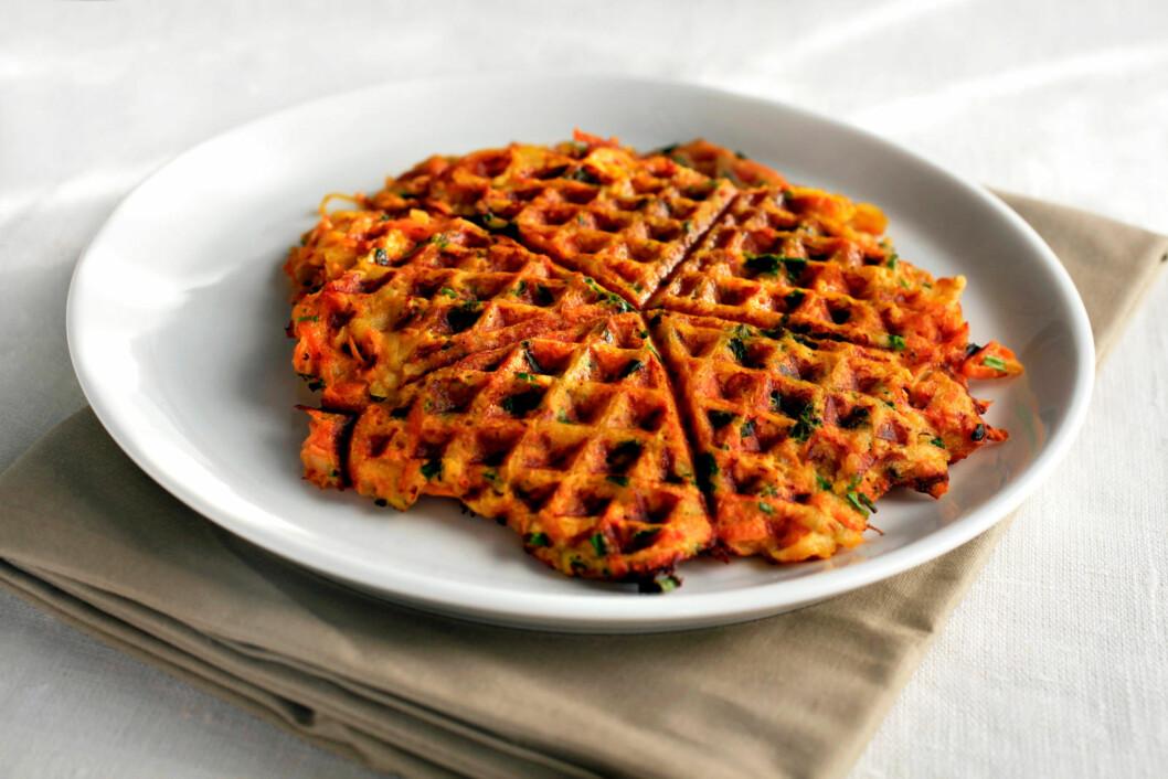 BRUK VAFLER PÅ FLERE MÅTER: Vaffelrøre med grønnsaker, eller grove vafler er perfekte å bytte ut brødskiva med i blant.