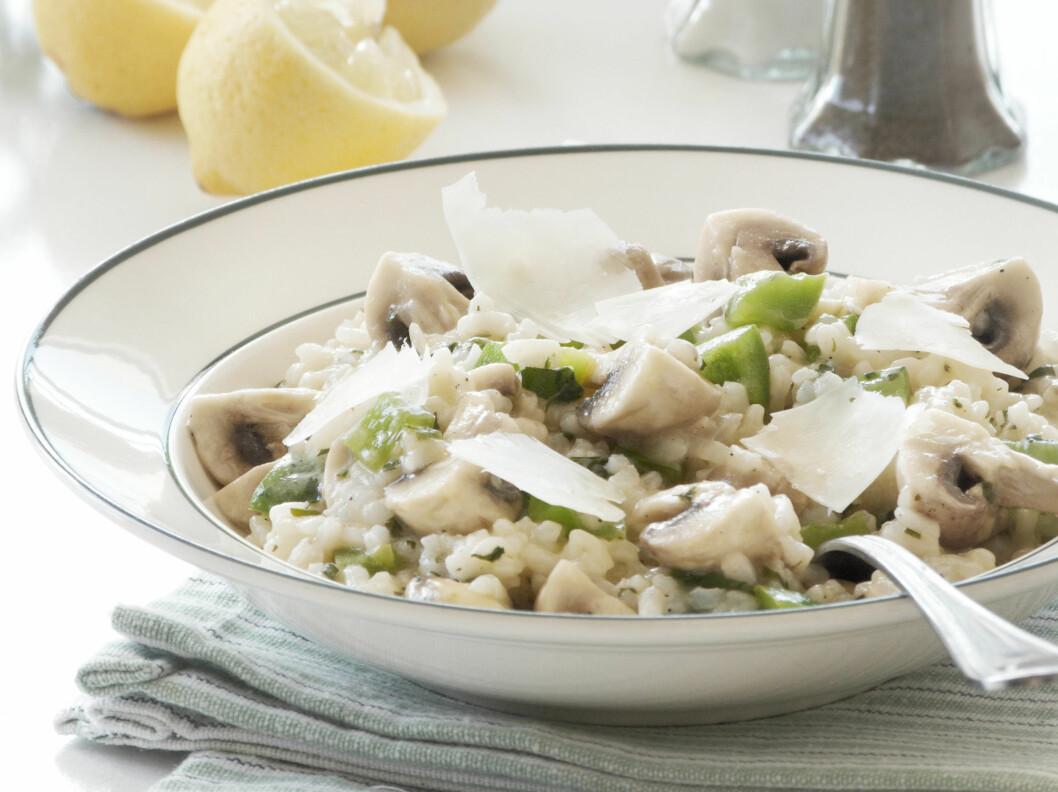 EKSTRA GODT: En risotto blir ekstra god om du tilføyer litt hvitvin i sausen!  Foto: Fotolia