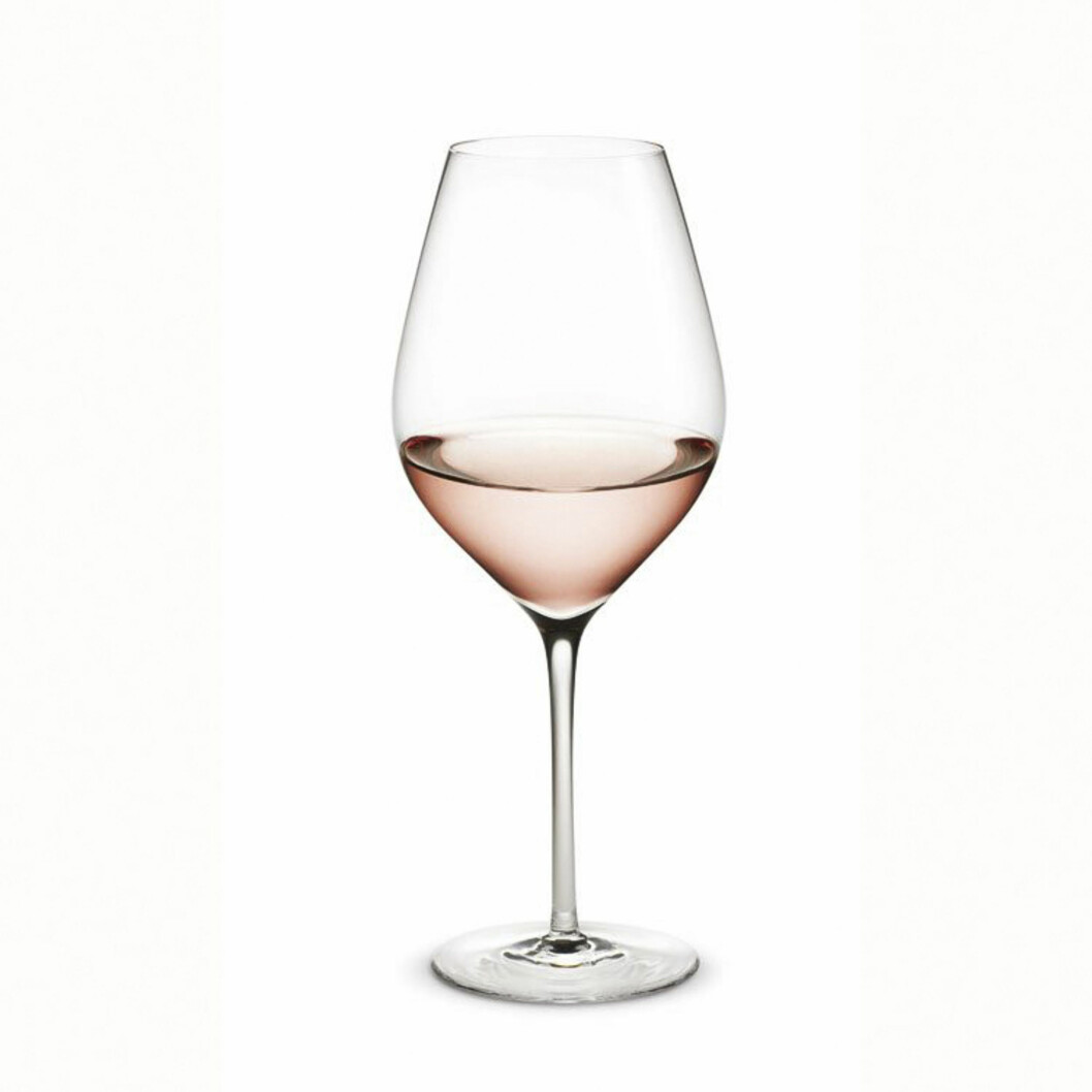 <strong>MYE FOR PENGENE:</strong> «Cabernet» fra Holmegaard (25 cl, men kommer i alle varianter) får du for 500 kroner per 6 glass hos room21.no. Foto: Produsentene