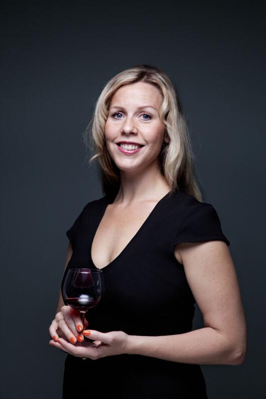 <strong>SVAKT INNOVER:</strong> Velg et vinglass som vender svakt innover, er ett av tipsene fra vinskribent Ingvild Tennfjord. Foto: Holand, Lars Myhren
