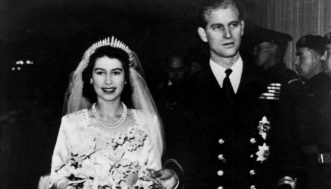 GIFT I 70 ÅR: Dronning Elizabeth og prins Philip ga hverandre sitt ja 20. november 1947. Foto: NTB Scanpix