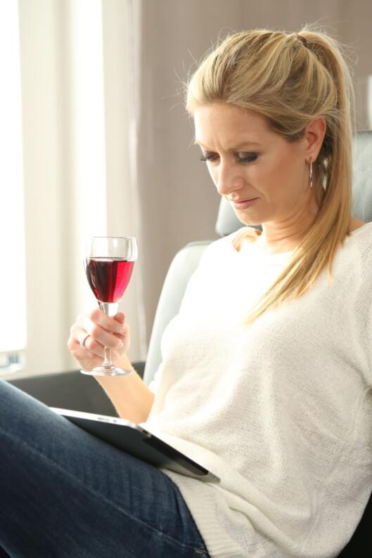 SMAKER VINEN VONDT? Hvis du har kjøpt den på Vinmonopolet kan du få byttet flaska uten kvittering.  Foto: Fotolia