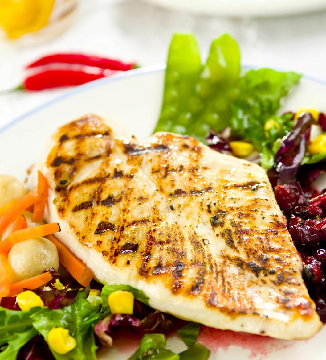 SUNT OG VARIERT: Har du et sunt og variert kosthold trenger du nødvendigvis ikke å ta ekstra kosttilskudd, mener Spicer.  Foto: Fotolia