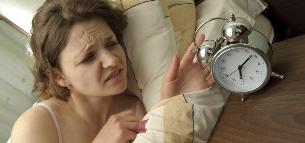 <strong>SKRU AV SLUMREKNAPPEN:</strong> Sov heller så lenge du kan, og stå opp når alarmklokken ringer. Foto: All Over Press