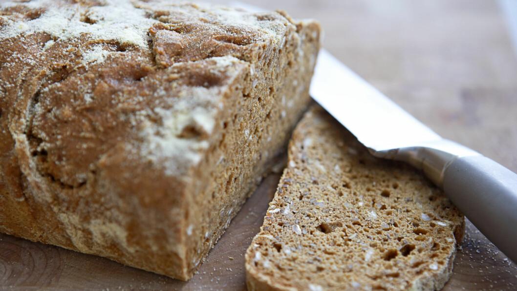 """SPISER MINDRE BRØD: Selv om Norge er kjent for å være en """"brød-nasjon"""", viser tallene at inntaket har gått ned. En årsak er at stadig flere velger knekkebrød.  Foto: Thinkstock.com"""