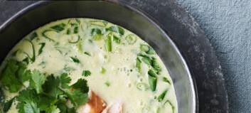 Maissuppe med varmrøkt laks