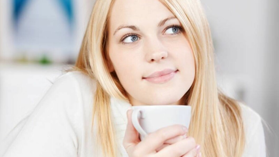 LYKKE: En halvtime med en kopp te og ellers ingenting kan skape ro resten av dagen. Foto: All Over Press/Fotolia