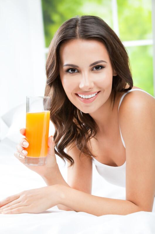 <strong>FRUKTSUKKER:</strong> Selv om juice inneholder en del vitaminer inneholder det også såpass mye sukker at ett glass om dagen er nok, og regnes som ok. Foto: vgstudio - Fotolia
