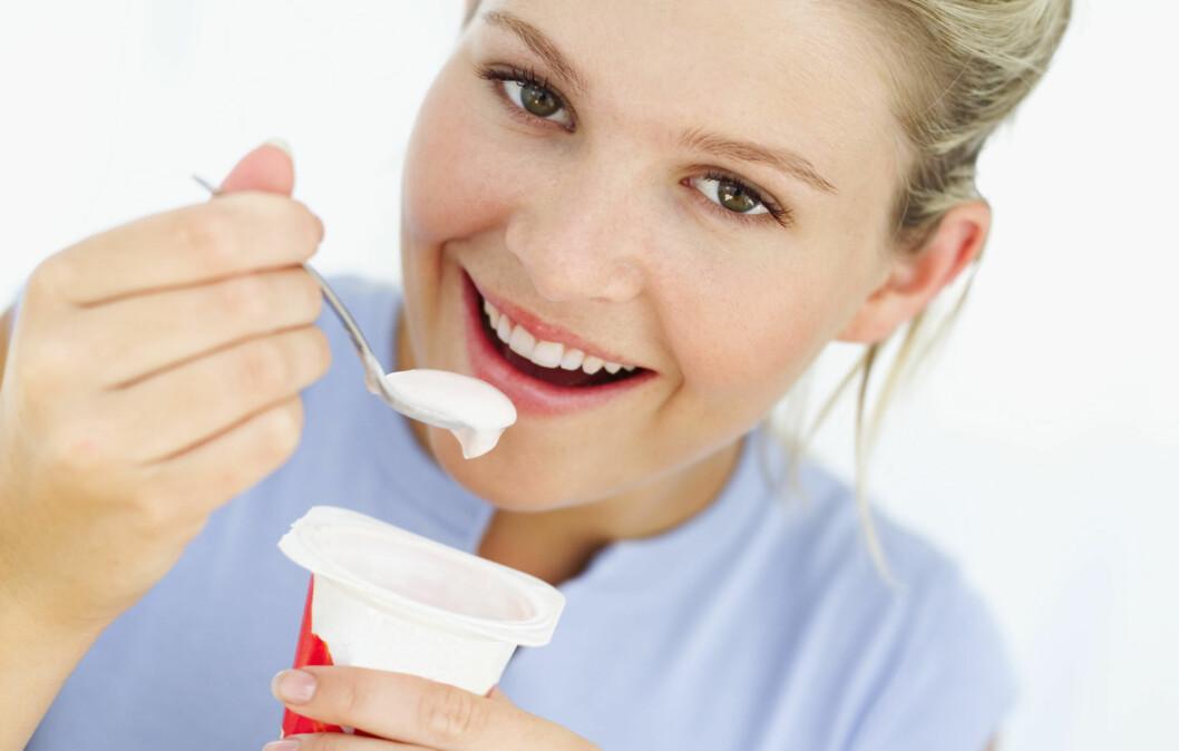GODE BAKTERIER I TARMEN:  Jo flere bakterier du har i tarmen, dess større volum på avføringen. Probiotika er mat med bakterier, og slike bakterier finner du i for eksempel Biola og Activia.