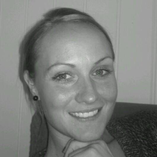 AVHENGIG AV NESESPRAY: Jeanette Hansen (32) fra Bardufoss ble avhengig av nesespray. Foto: Privat