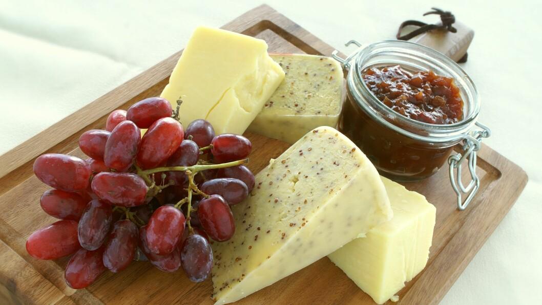 GODT, MEN SALT: Ost er supergodt og kilde til flere viktige næringsstoffer, men vær obs på at noen oster også har et høyt saltinnhold. Foto: neillangan - Fotolia