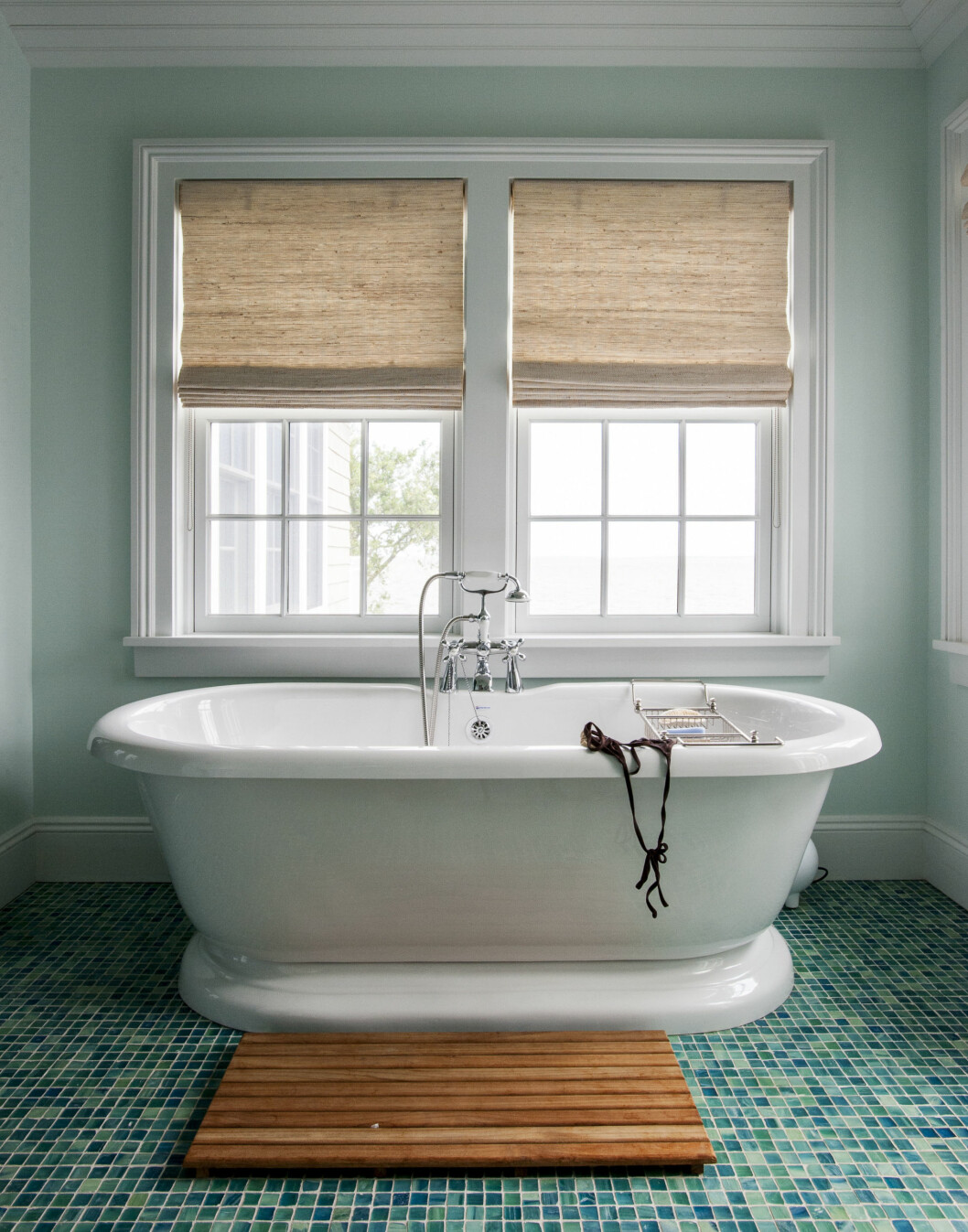 LEKRE FLISER: Gjør et bad til mer enn et bad.  Foto: Matthew Williams