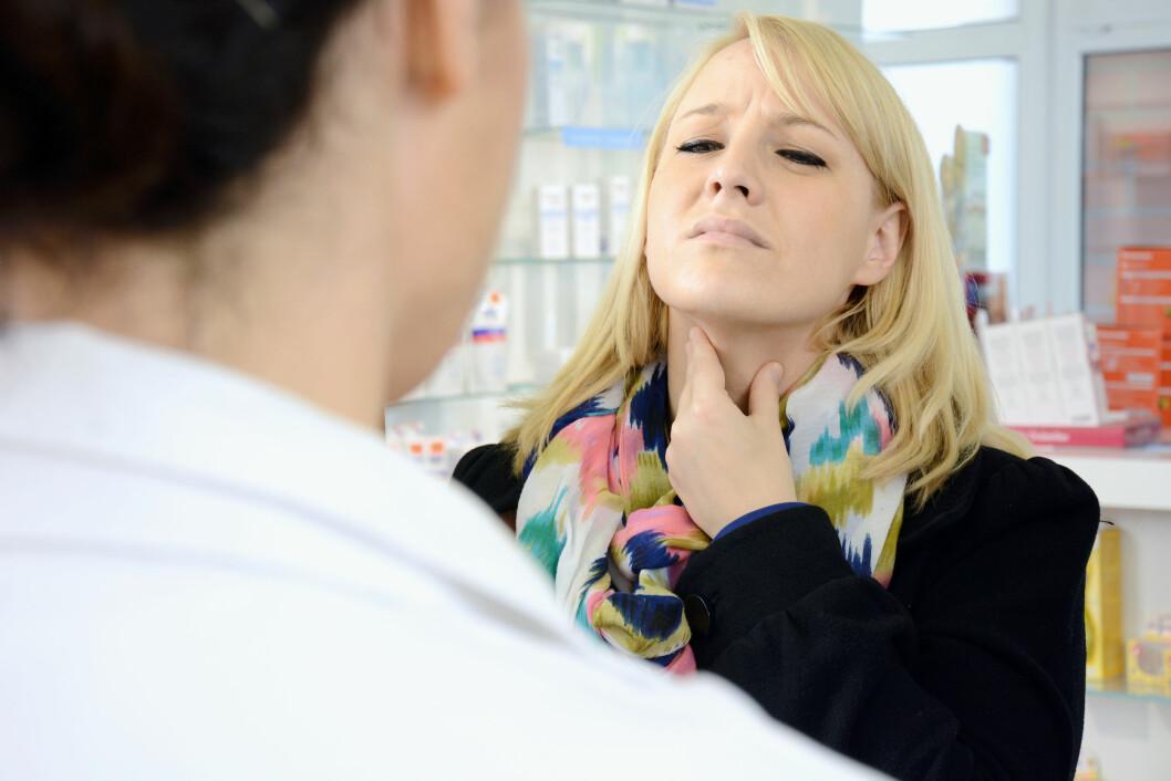 SÅR HALS: Mellom 50 og 80 prosent av de som har problemer med grynting om nettene opplever at de har kronsisk sår hals.  Foto: Dan Race - Fotolia