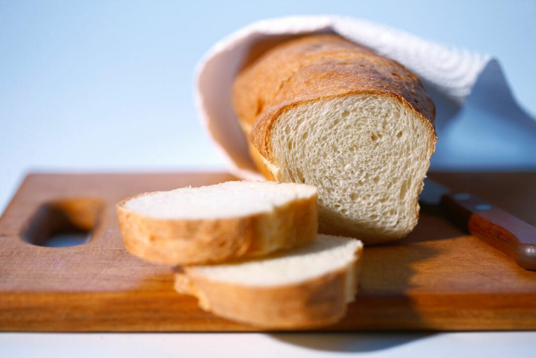 BRØDFJØLEN: Denne ligger framme i mange norske hjem, brukes din kun til brød eller er du ikke så nøye på det?  Foto: All Over Press
