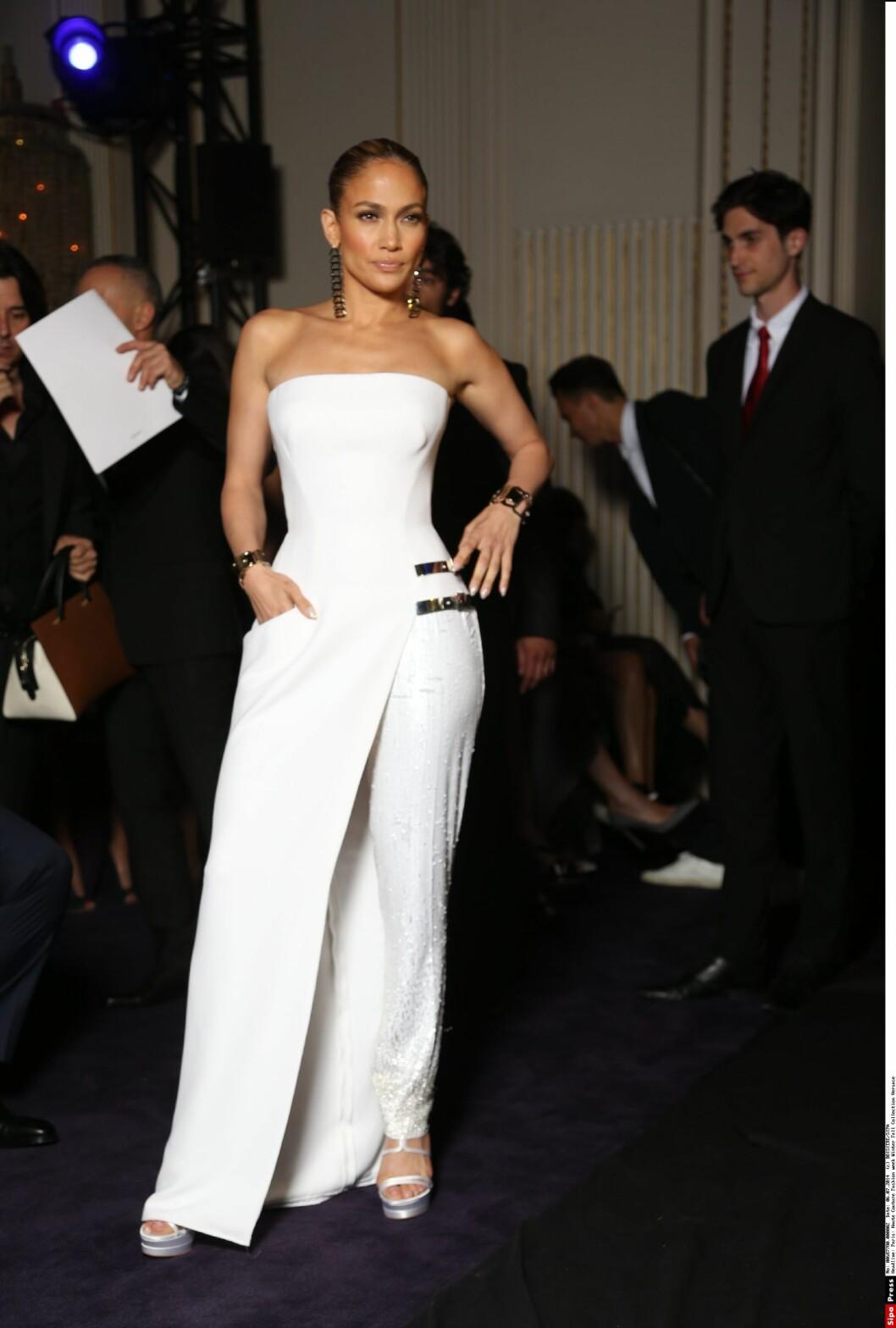 45 ÅR: Jennifer Lopez har den siste tiden gjort comeback med sin turne, og artisten ser bedre ut enn noen gang. Foto: All Over Press