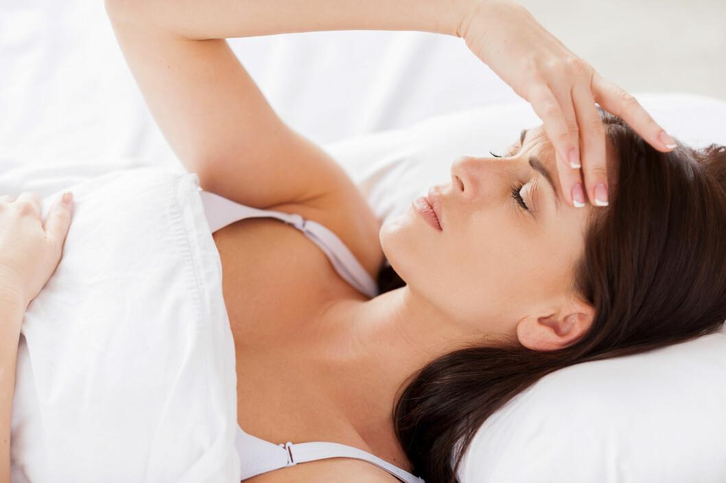 SKJØNNHETSSØVN: Flere studier bekrefter at lite søvn og vektoppgang har en sammenheng. Det er med andre ord en god idé å få skjønnhetssøvnen sin hver natt. Foto: gstockstudio - Fotolia