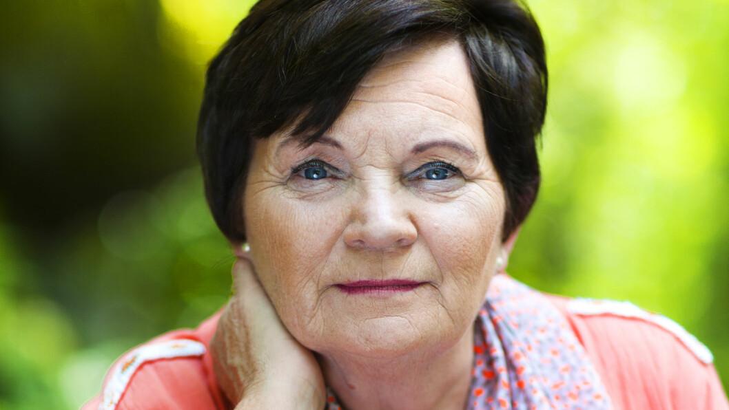 ANGRENDE: At hun ikke forstod de små stikkene Christoffer ga henne, vil hun aldri kommer over. Men i dag forsøker Ragnhild Gjerstad å være en brysom bestemor for andre barn som lider.  Foto: Astrid Waller / All Over Press Norway