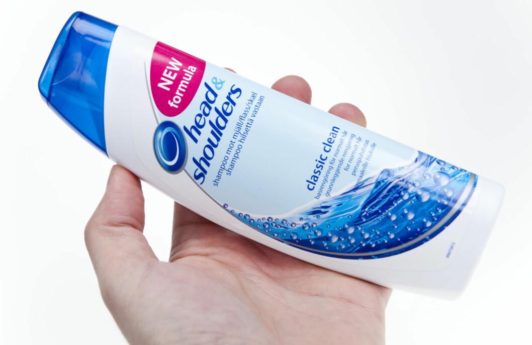 POPULÆR: Cirka 110 flasker med Head & Shoulders flassbekjempende sjampo selges hvert eneste minutt, ifølge Daily Mail. Foto: Per Ervland