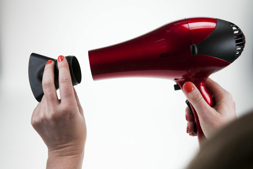 NEBBETE: Behold nebbet på. Det gjør at du kan styre luften akkurat dit du vil, og du får et blankere, vakrere resultat. Foto: Per Ervland