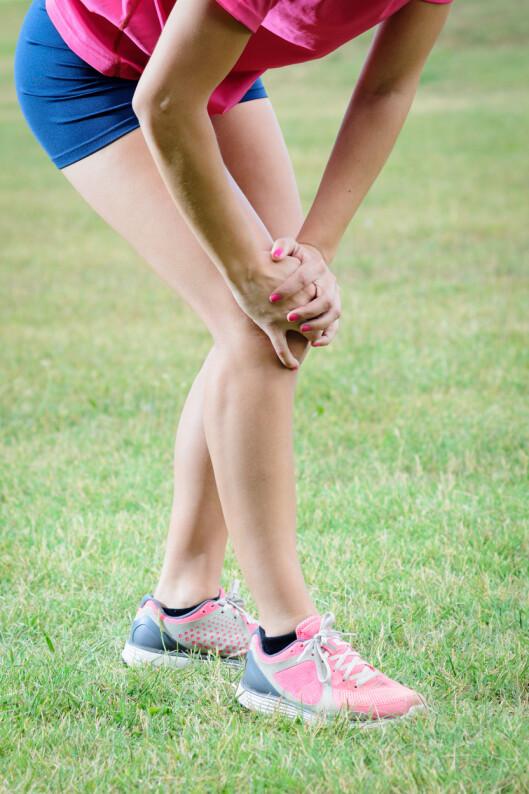 <strong>DROPP LØPINGEN:</strong> Har du vondt i knærne bør du droppe trening som beslaster disse - som løping.  Foto: Dirima - Fotolia