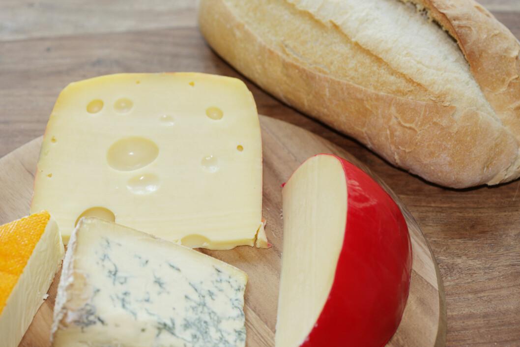 <strong>OSTER:</strong> Mange oster inneholder svært mye mettet fett, så sjekk innholdslisten.  Foto: All Over Press