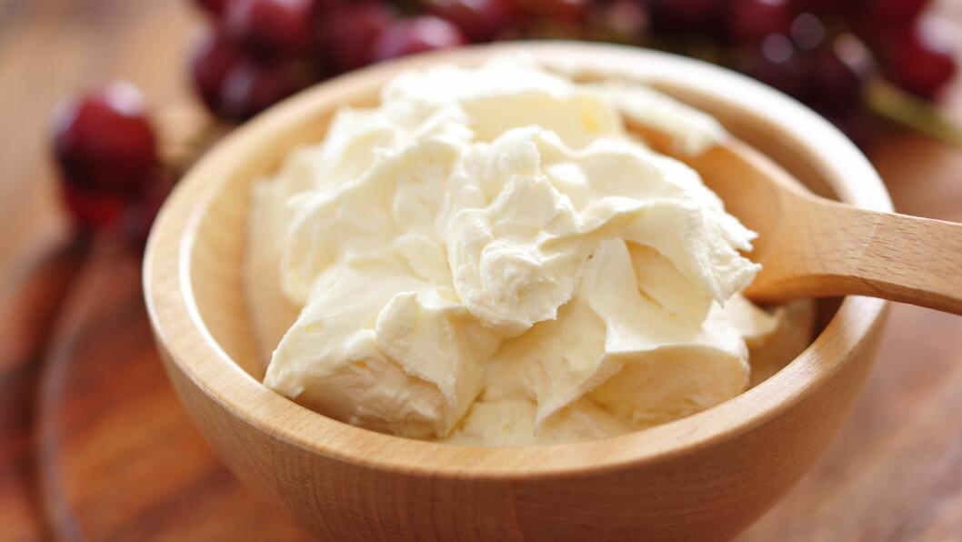 SPIS OST: Din første tanke er nok ikke at ost er slankemat. Ost inneholder riktignok en del fett i de fleste tilfeller, men kan likevel spare deg for mye kalorier.  Foto: photocrew - Fotolia