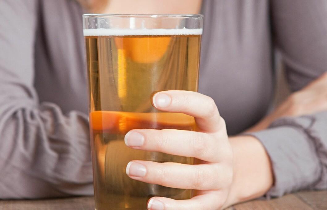 SUNT ELLER IKKE?: Sjekk forskjellene mellom vanlig øl, lett-øl og lavkarbo-øl.  Foto: Thinkstock.com