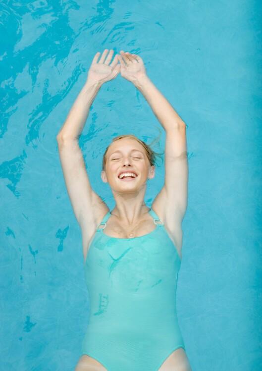 BEDRE PUSTEEVNE VED Å SVØMME: I en studie utført i Buffalo i USA fant forskerne at erfarne svømmere kan øke sin utholdenhet og pustekapasitet med hele 33 prosent når de snorkler i vannoverflaten, ved hjelp av målrettet trening av respirasjonsmusklene. Foto: Frederic Cirou / ZenShui