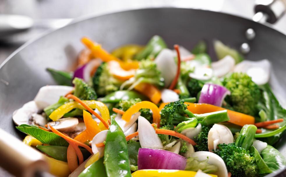 <strong>Varier med grønnsaker:</strong> Fyll tallerkenen med friske og fargerike grønnsaker, som gjør det lettere å redusere kjøttforbruket.
