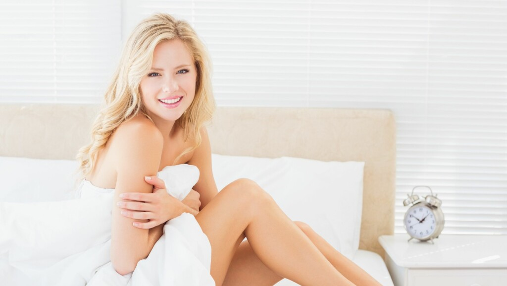 0cc4b6e3 ØV DEG PÅ NAKENHET: Ifølge eksperten Dag Eian elsker menn når jenter tør å  slippe
