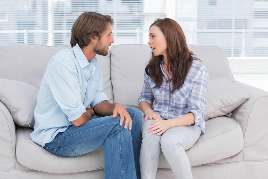 SNAKK SAMMEN: I en diskusjon hender det ofte at vi vil fremme vår mening, men det er like viktig å lytte til hva partneren din har å si.  Foto:  Fotolia
