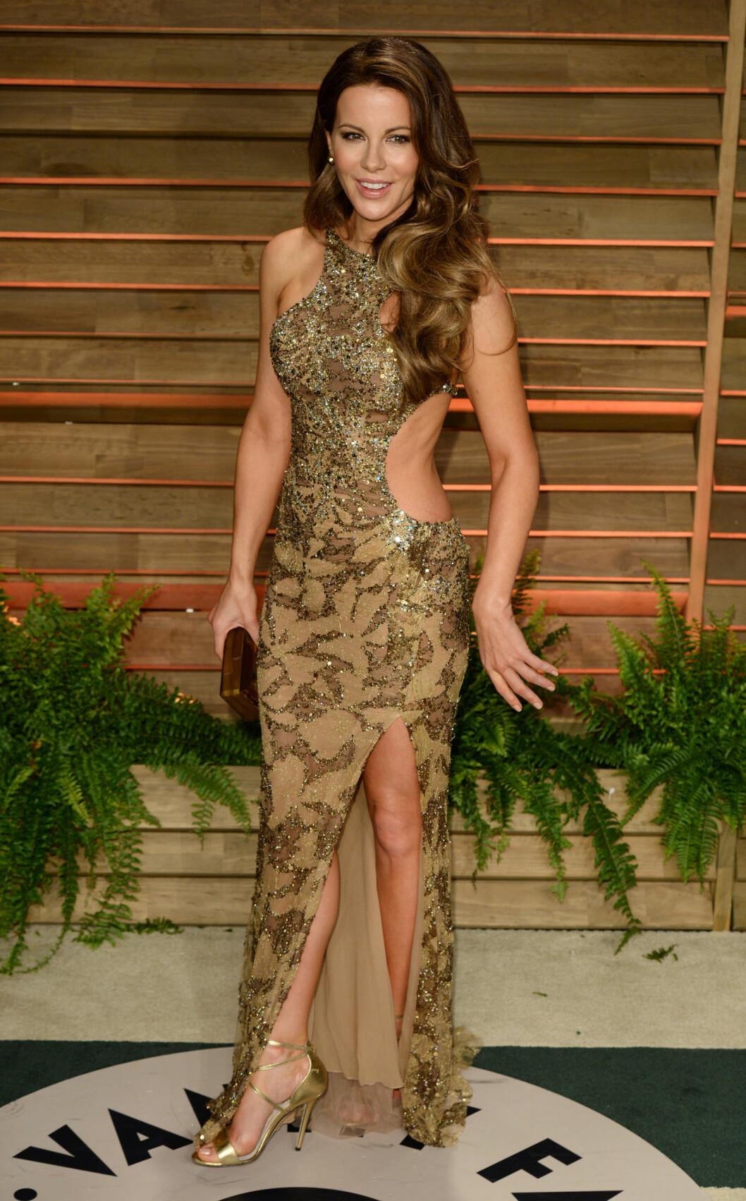 Kate Beckinsale er fantastisk vakker, men her tok hun den avkledde looken litt langt. Foto: REX/David Fisher/All Over Press