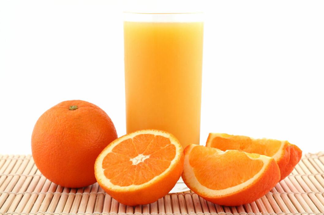 <strong>HOLD DEG UNNA:</strong> Dropp sitrusfrukter og juice hvis du har brent deg på tunga.  Foto: Thinkstock.com