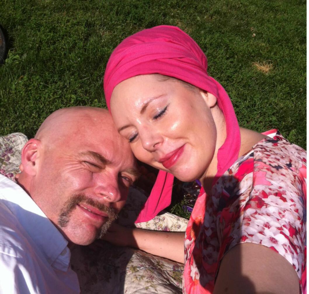SPRENGVAKKER, FANTASTISK, DEN STORE KJÆRLIGHETEN: I kjærlighetshyllesten i KK kommer det frem hvor utrolig høyt Jon elsker sin kone. Tirsdag denne uken tapte Anbjørg kampen mot kreftsykdommen.  Foto: Privat