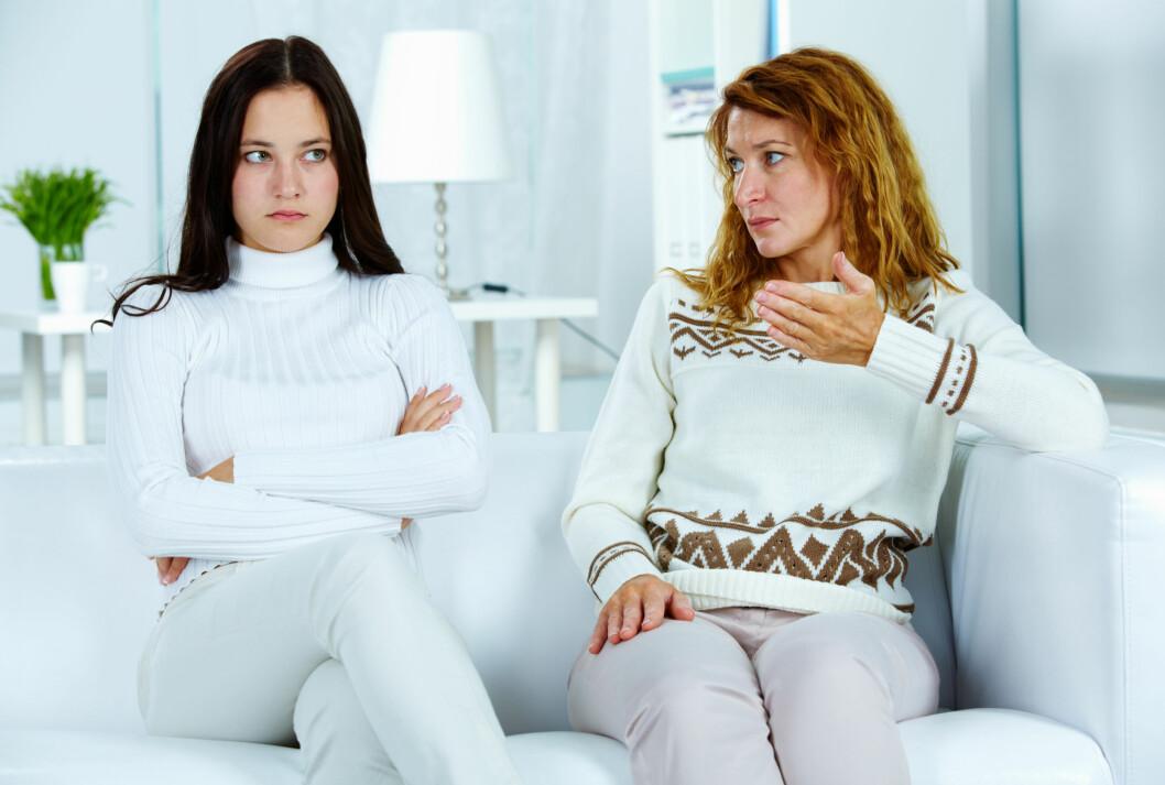 """SKILSMISSE?: Ifølge ekspertene kan det være lurt å """"skilles"""" fra mor, dersom du synes det blir for mye.  Foto: pressmaster - Fotolia"""