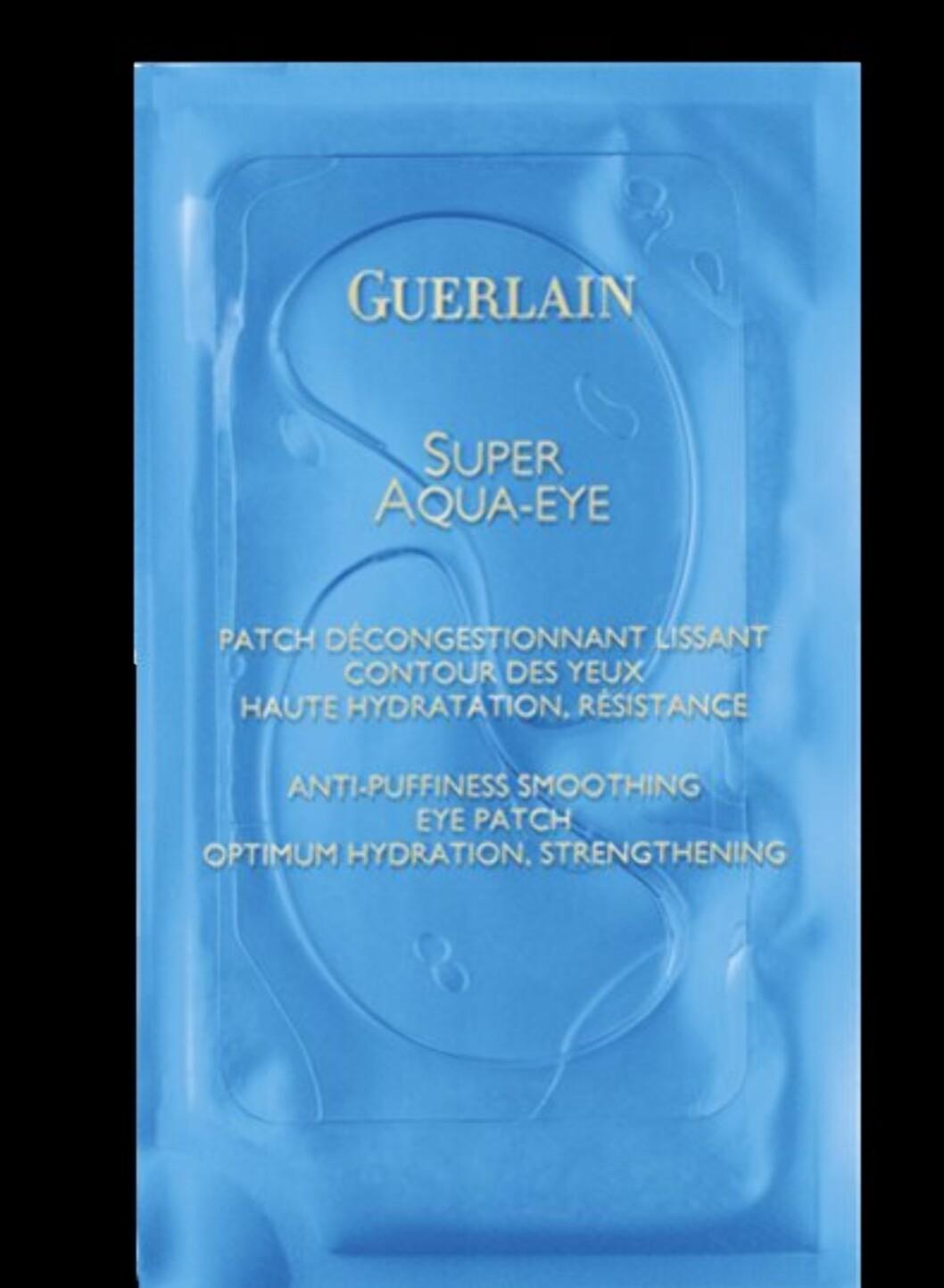 Super Aqua-Eye fra Guerlain gir intens fukt til øyeområdet og brukes gjerne sammen med ansiktsmasken i samme serie. (6 stk., kr 530) Foto: Produsenten